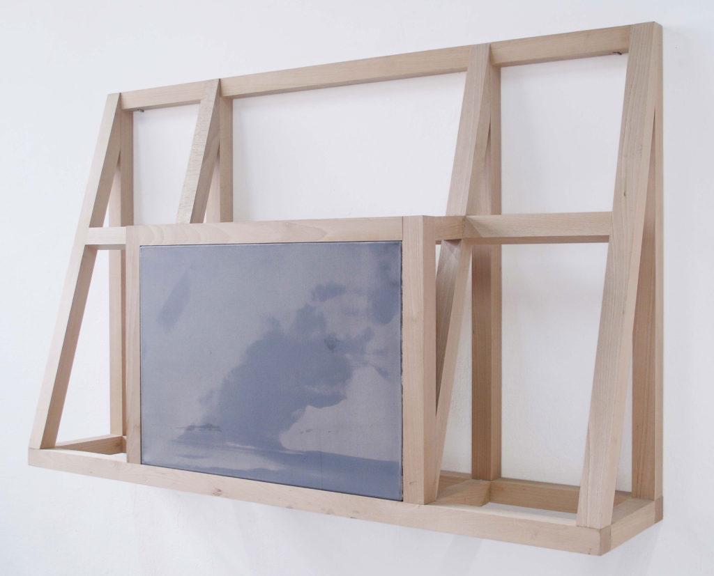 Alain Urrutia, Untitled. Oil on canvas and wooden frame. 90 x 140 x 30. Bilbao.